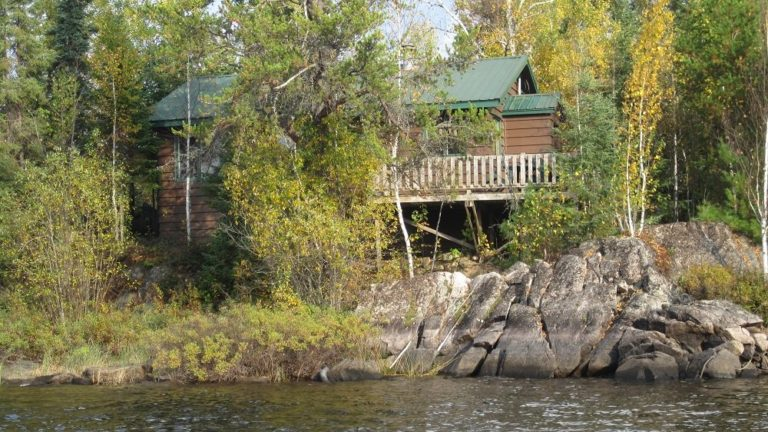 Stay on the Seagull River on the Gunflint Trail